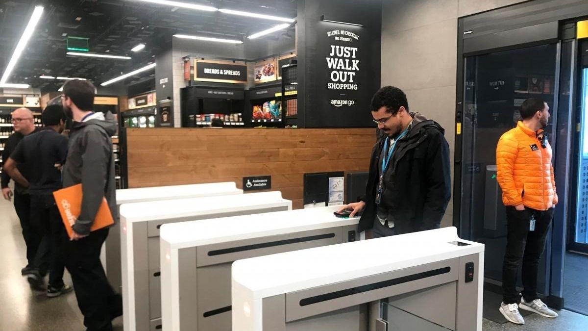 Amazon prueba el escaneo de la mano como método de pago