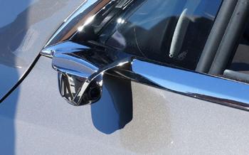 ¿El fin de los retrovisores? Tesla quiere reemplazarlos por cámaras